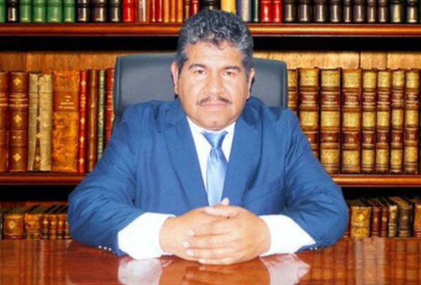 Pacula Mayor González, the 30th mayor to die since late 2012.