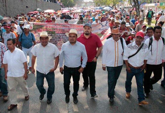 Teachers on the march yesterday in Oaxaca city.