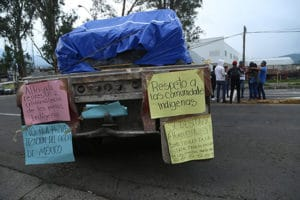 A blockade in Michoacán, where ballots were burned yesterday.