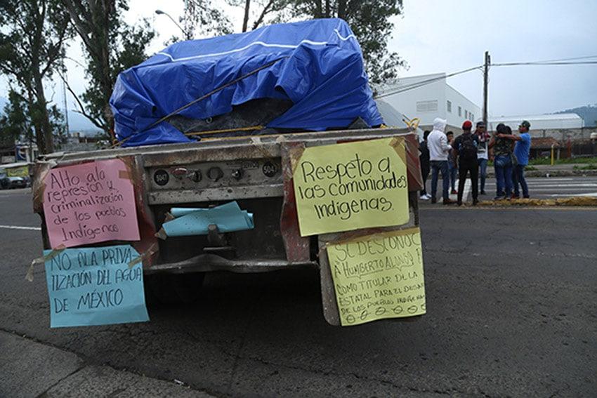 A blockade in Michoacán, where ballots were burned yesterday.