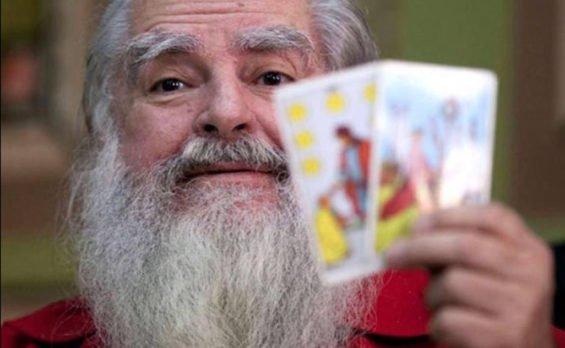 The Grand Warlock: the cards say Anaya.