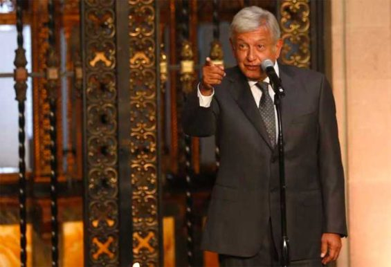 AMLO takes questions from reporters yesterday at the National Palace.
