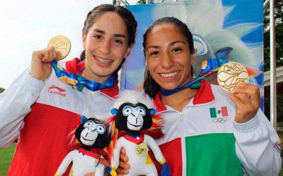 Tamara Vega and Mayan Oliver won gold medals yesterday in modern pentathlon at the Barranquilla games.