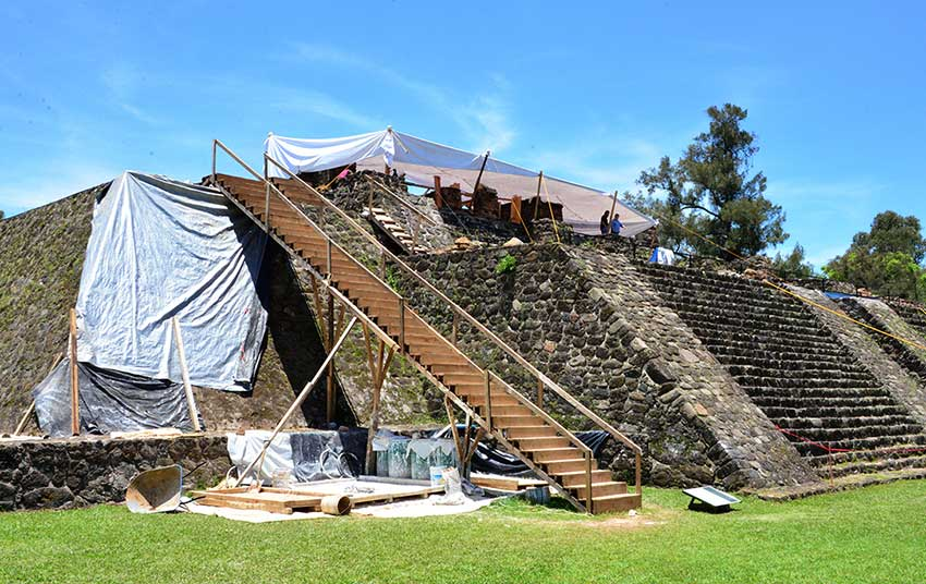 Archaeological work under way at the pyramid in Morelos.
