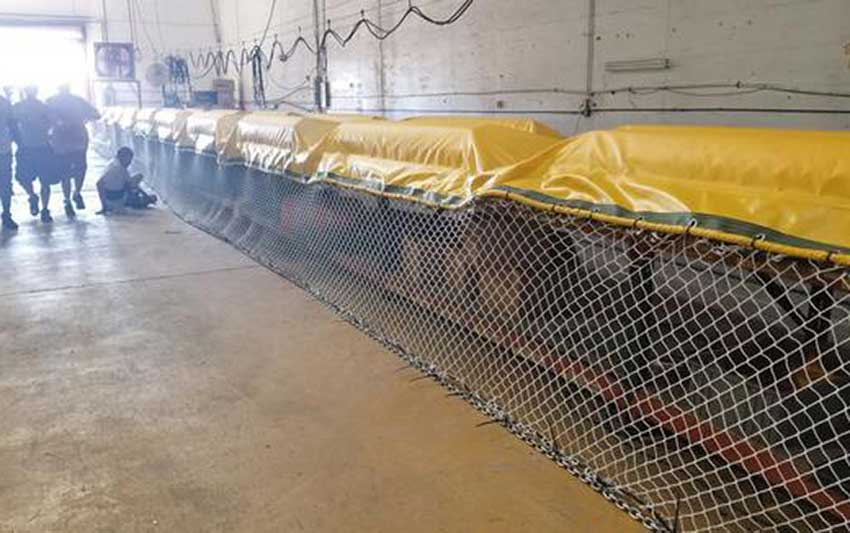 Sargassum barriers that are being installed in Quintana Roo.