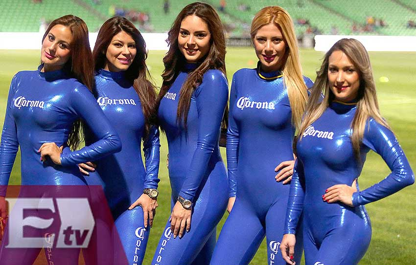 Corona girls: the beer brand has used edecanes extensively in its marketing.
