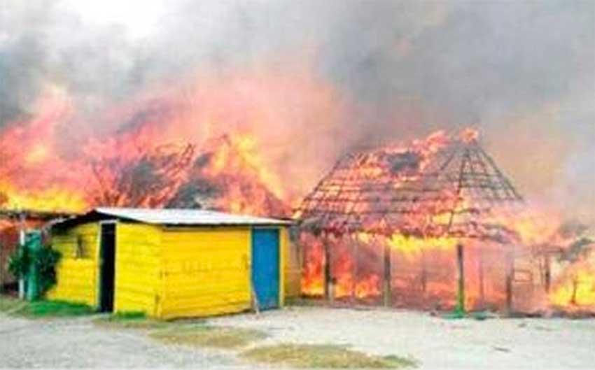 Fishermen's huts blaze in San Francisco del Mar.