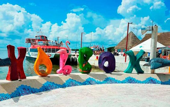9,000 new hotel rooms in Holbox study.