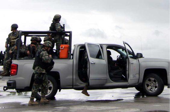 A navy patrol in Nuevo Laredo.