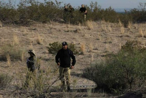 Searchers on the weekend in the Juárez valley.