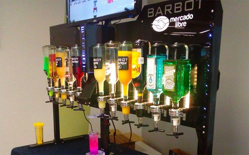 Mexico's first robotic bar.