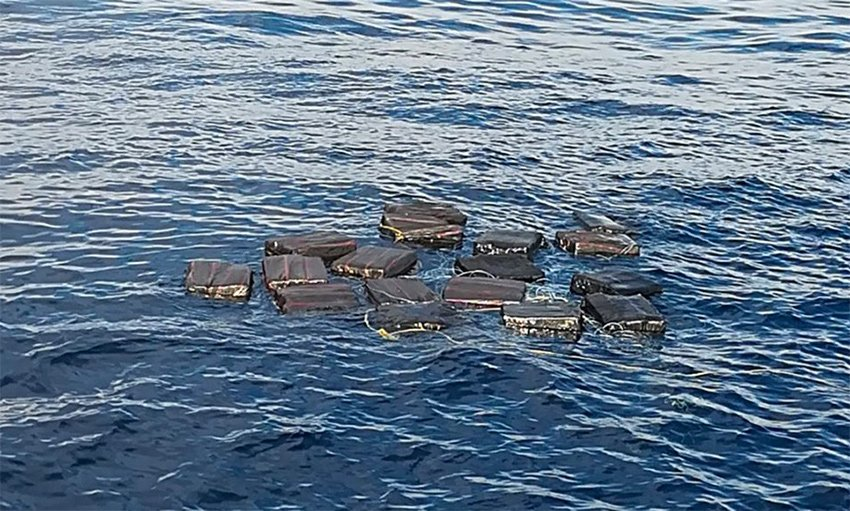 Packages jettisoned by narcos off Chiapas coast.