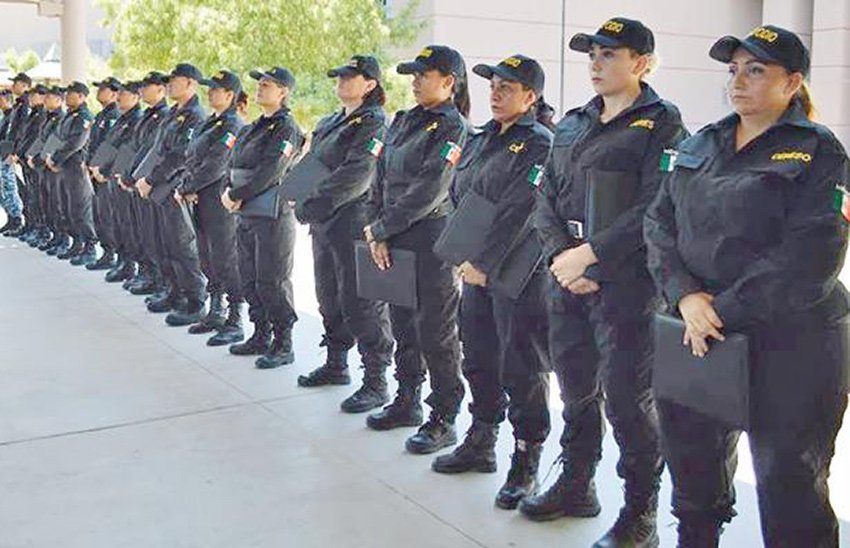 Many women were among the first graduates of new police academy in La Paz.