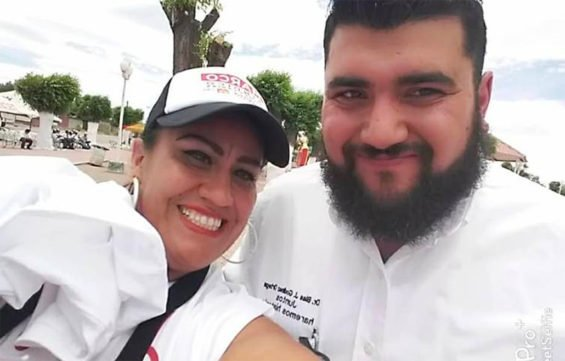 Godínez and a Morena party worker during the campaign for mayor.