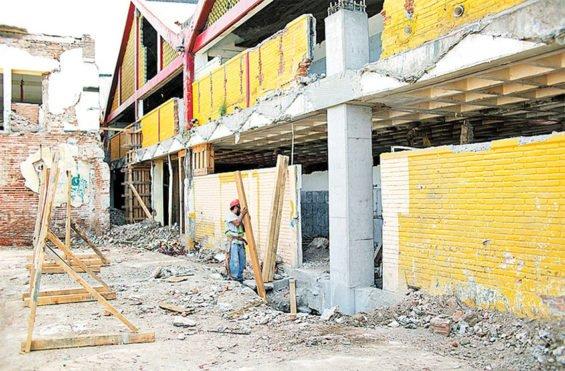 The market in Juchitán, Oaxaca, sustained severe earthquake damage last year.