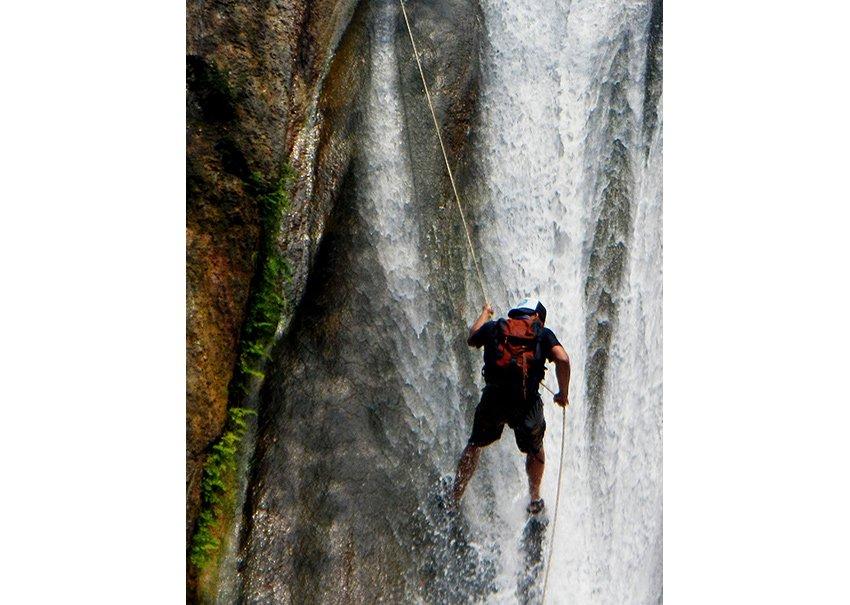 14Rappel-at-Comala-Cascades
