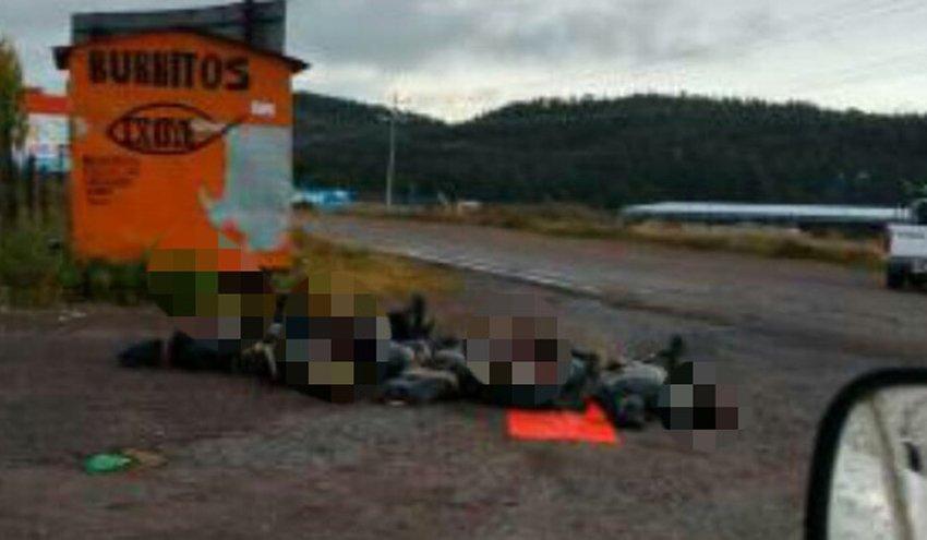 Bodies left on the roadside in the Tarahumara region.