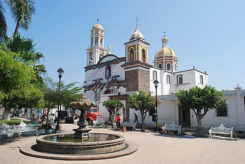 The church in Comala's central square.