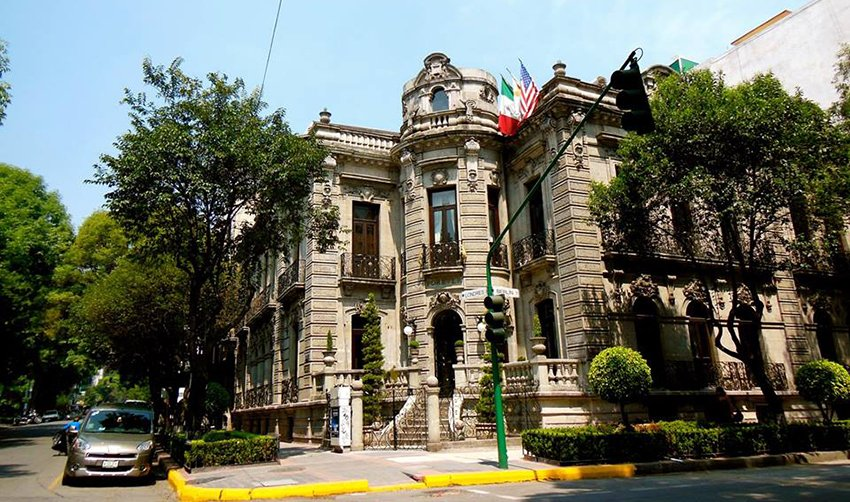 Attractive architecture is a feature of Mexico City's Colonia Juárez.