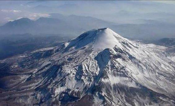 Pico de Orizaba claimed three climbers.