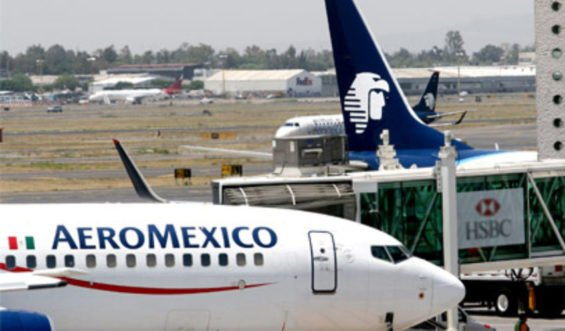 Aeroméxico continues flying.