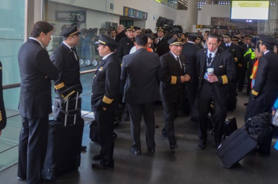 Aeroméxico pilots: strike delayed.