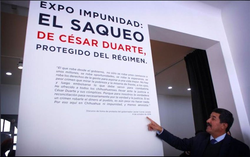 Governor Corral at the Impunity Expo exhibition in Mexico City.