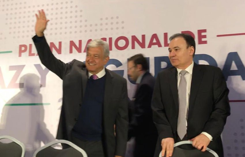 López Obrador, left, and his security chief, Alfonso Durazo.
