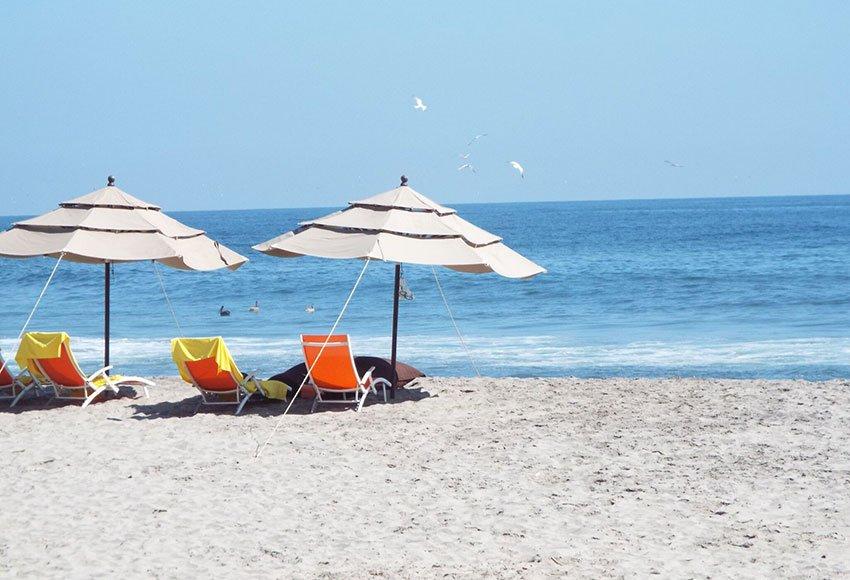 La Bocana, one of many beaches in Huatulco.