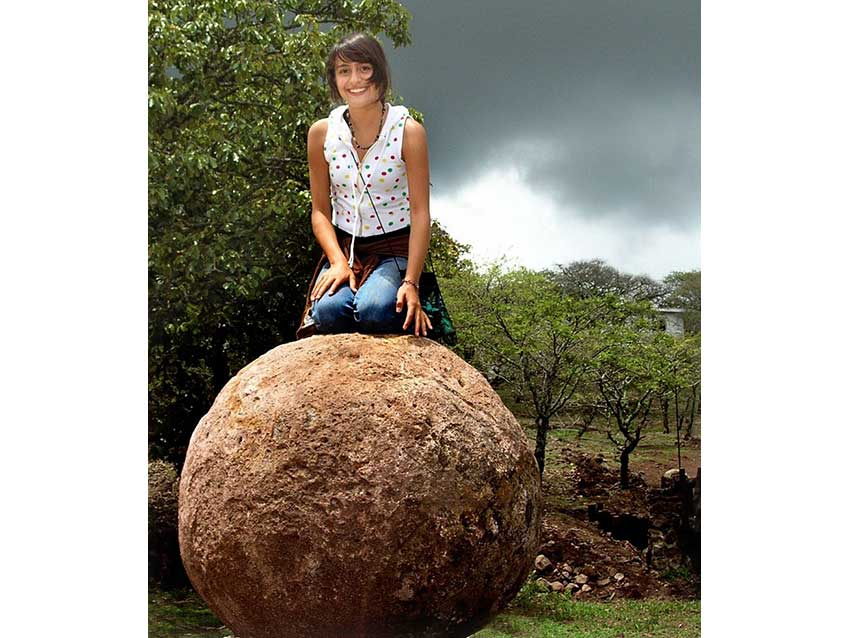 Not all the Piedras Bola are gigantic