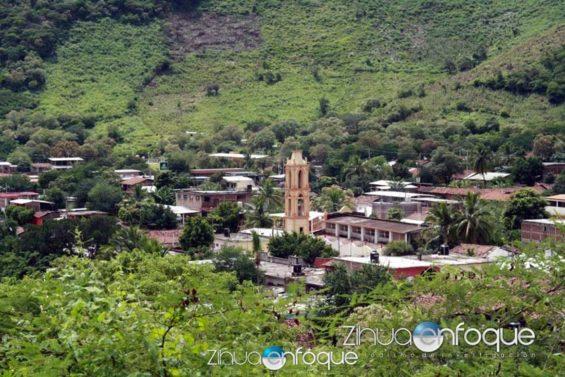 Coahuayutla, Guerrero, target of armed attack.
