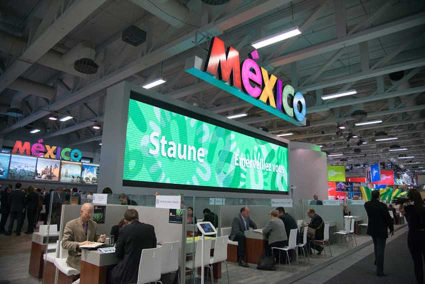 The tourism council promoted Mexico at international tourism fairs.