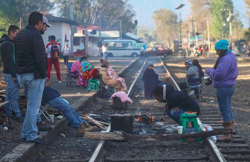 Teachers on the tracks in Michoacán.