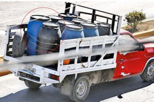 It's business as usual in Texmelucan, where thieves openly transport stolen fuel.