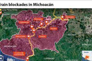 Teacher' union blockades in Michoacán.