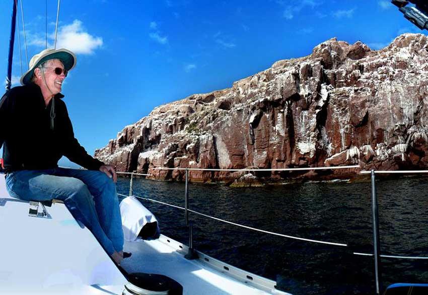 3—Captain-Richard-at-Los-Islotes
