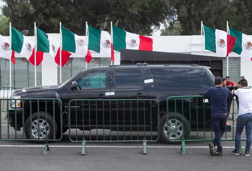 This armored Suburban, once ex-president Peña Nieto's ride, received a lot of attention at the weekend auction.