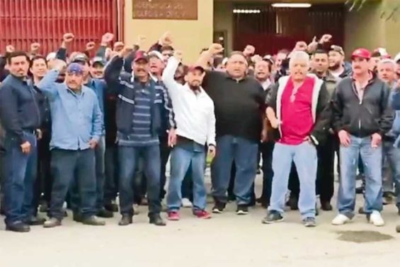 Defiant miners in Tamaulipas.