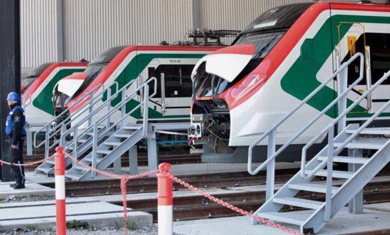 Mexico City-Toluca train cars