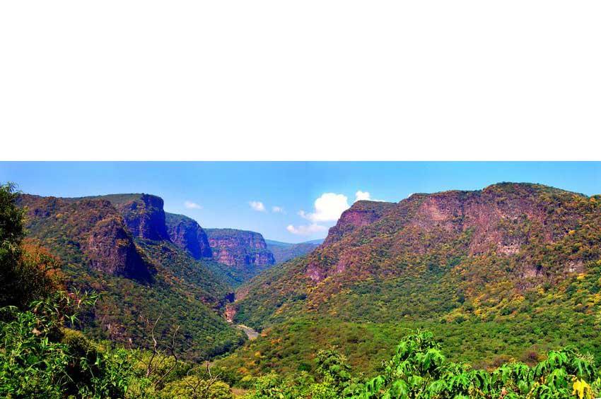1—aLeonera-Canyon-MID
