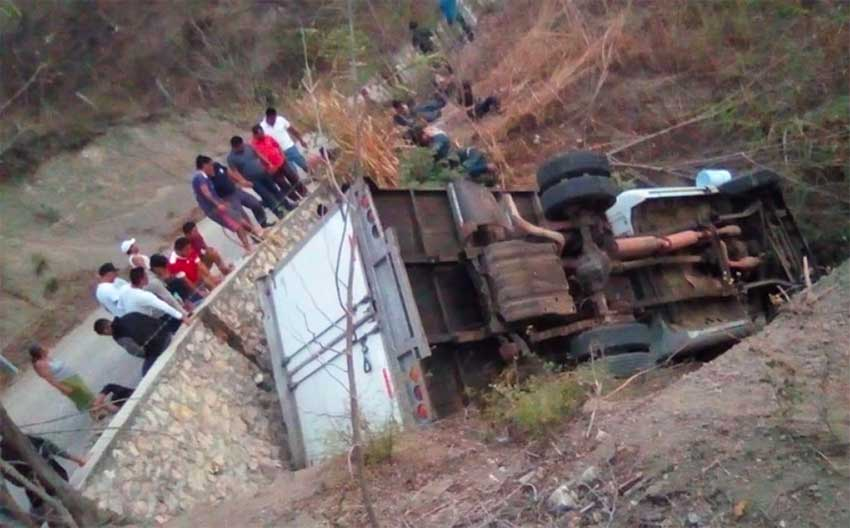 The scene of yesterday's accident in Chiapas.