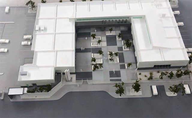 Model of new La Paz hospital.
