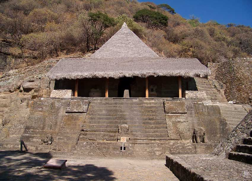 Another view of the Mexica temple.