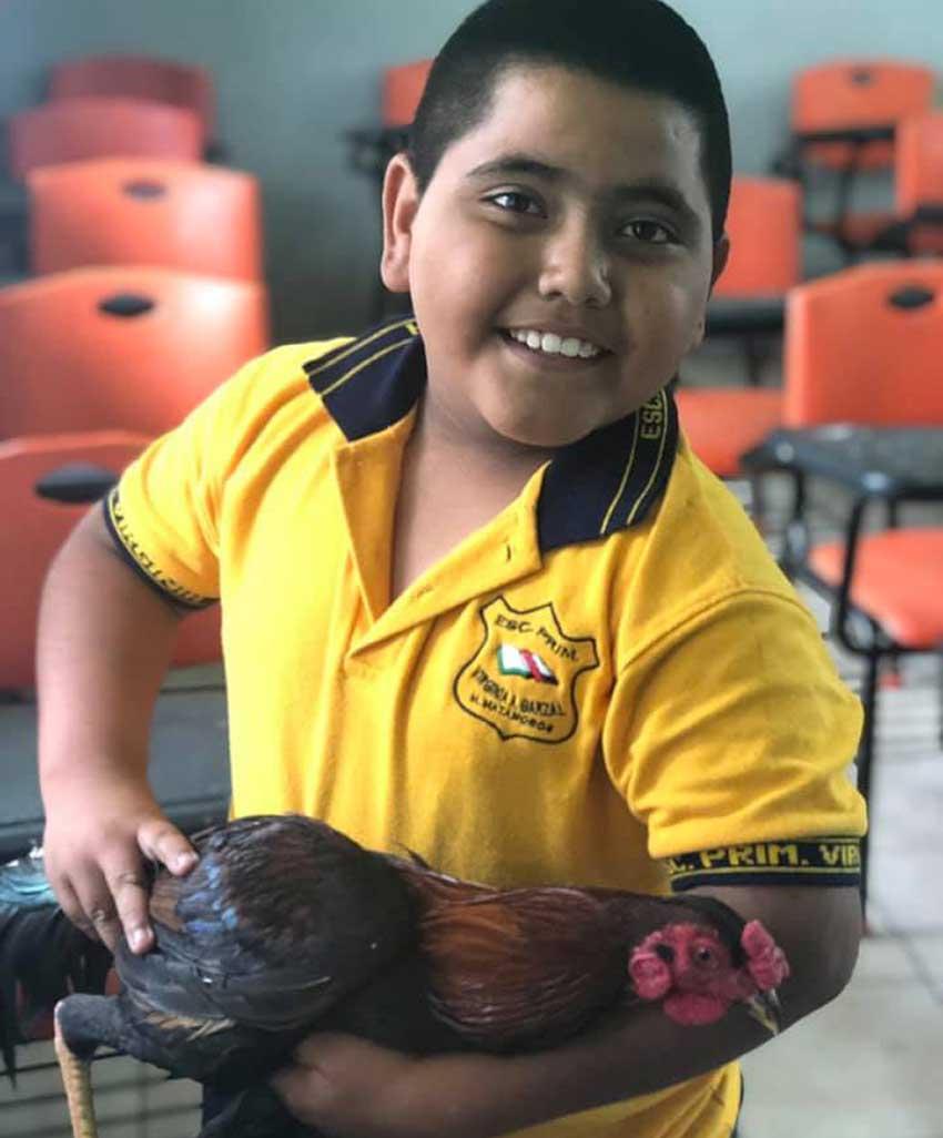 Gutiérrez's student and her birthday present.