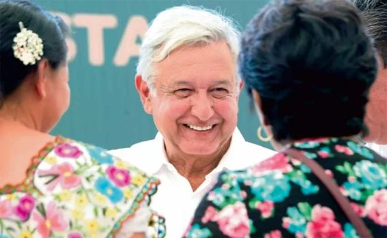 The president in Campeche