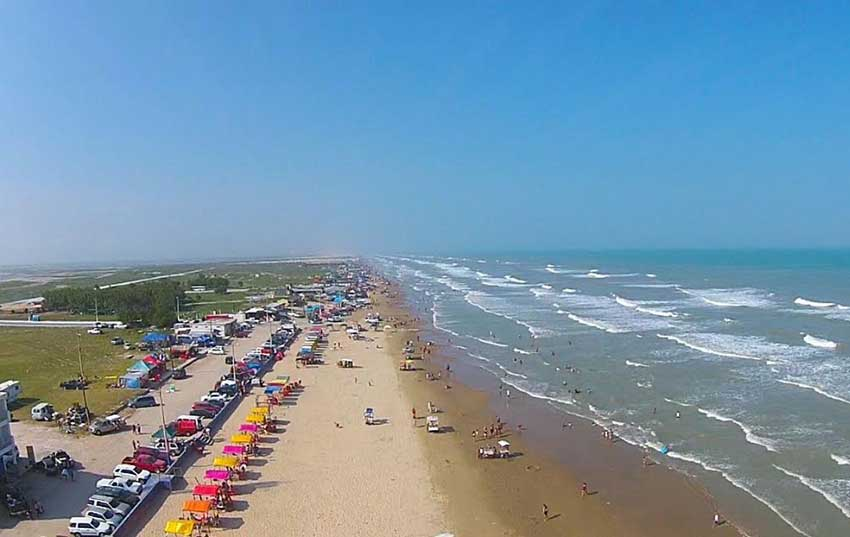 Costa Azul beach in Tamaulipas is among the 10 cleanest beaches in Mexico.