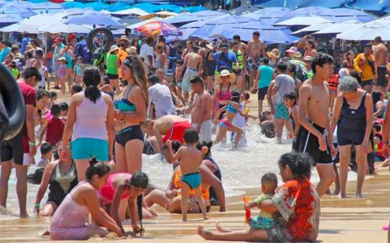 Acapulco has Mexico's second and third dirtiest beaches, but all are deemed safe for swimming.