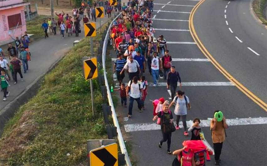 Central American migrants arrive this morning in Mexico.
