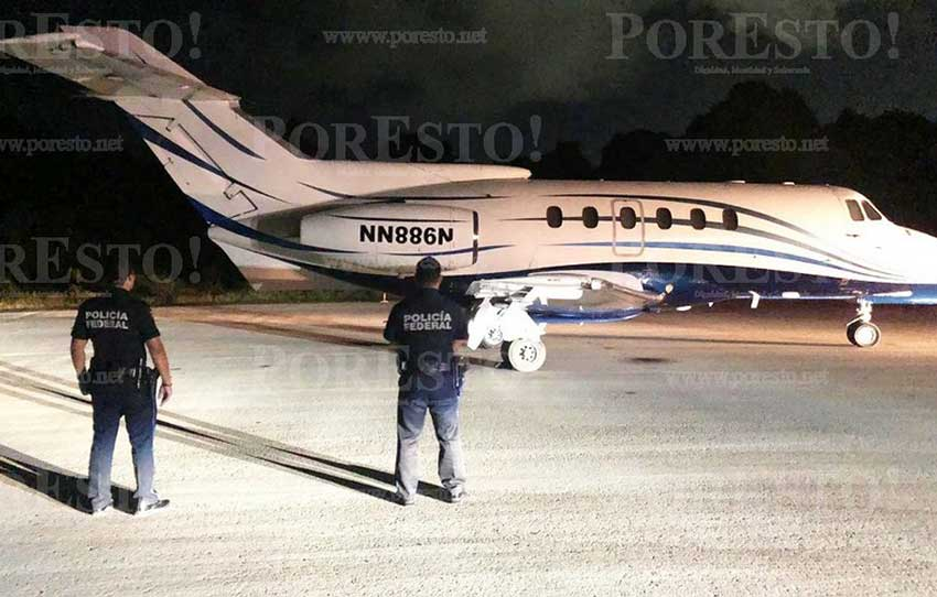 The aircraft that was abandoned along with its cargo at the Chetumal airport.