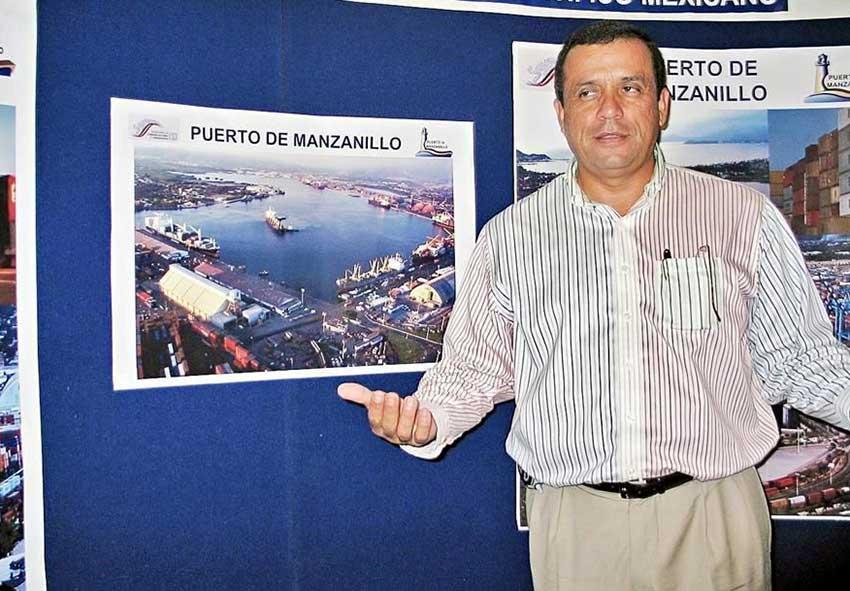 Manzanillo customs chief Mora.